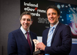 Pictured: Minister Simon Harris TD, Tadhg O'Shea of the Department of Arts, Heritage, Regional, Rural and Gaeltacht Affairs